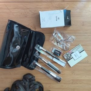Bare Minerals Brush Set with Sampler Duo &  Bag